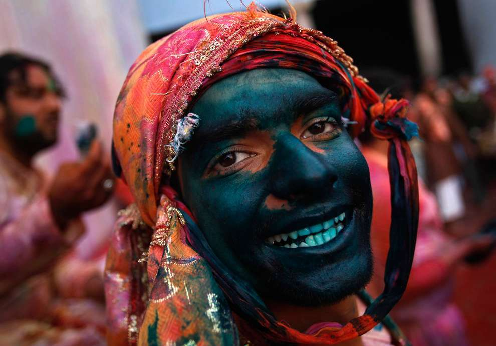 Holi Celebrations in India - Photographs of Lathmar Holi1