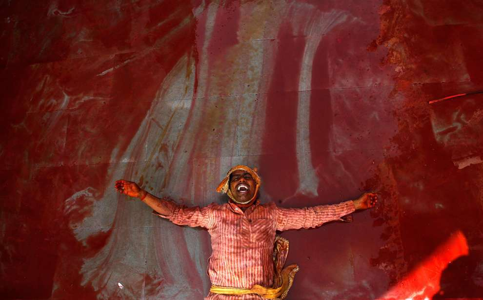Holi Celebrations in India - Photographs of Lathmar Holi11
