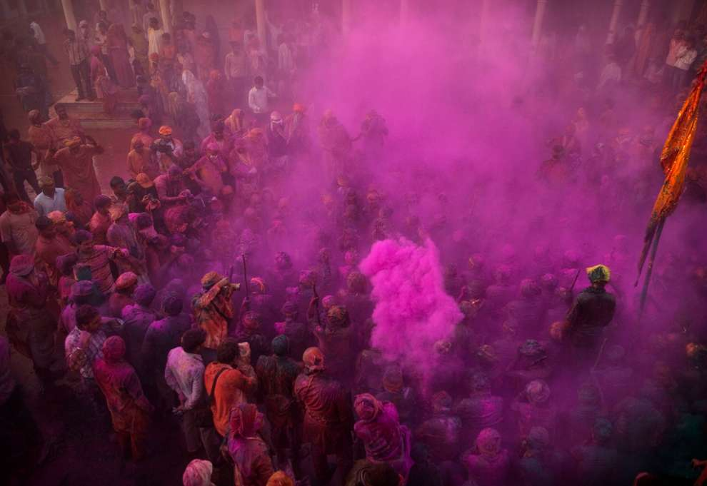 Holi Celebrations in India - Photographs of Lathmar Holi18