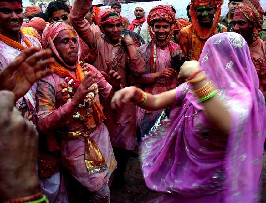 Holi Celebrations in India - Photographs of Lathmar Holi20