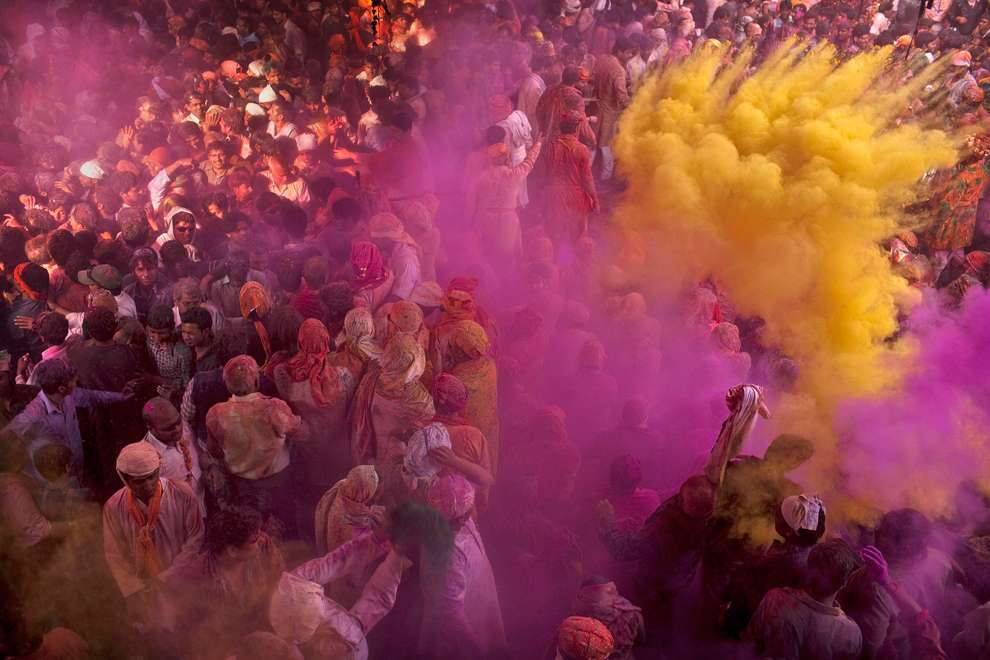 Holi Celebrations in India - Photographs of Lathmar Holi3
