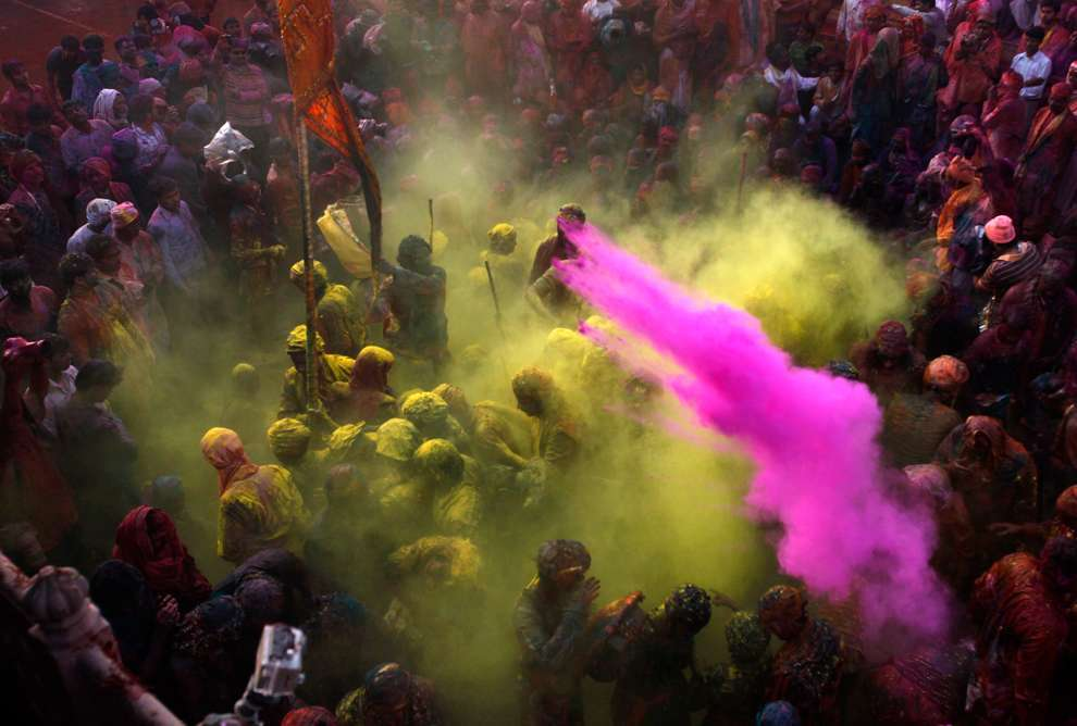 Holi Celebrations in India - Photographs of Lathmar Holi8